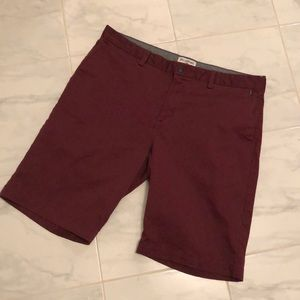 Billabong men's burgundy shorts. EUC!
